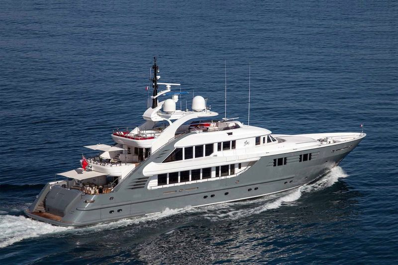 LADY MM yacht ISA