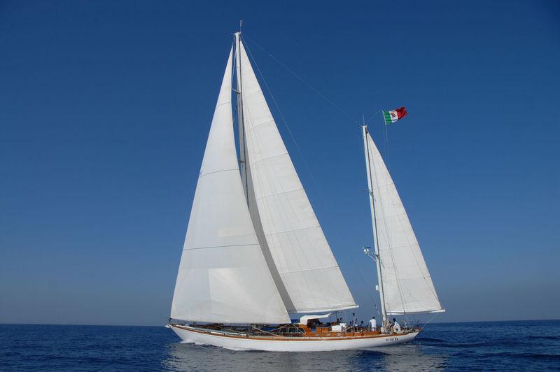 GITANA IV yacht Sangermani