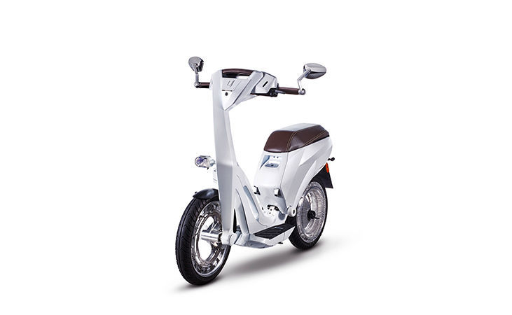 Ujet scooter front, resized image