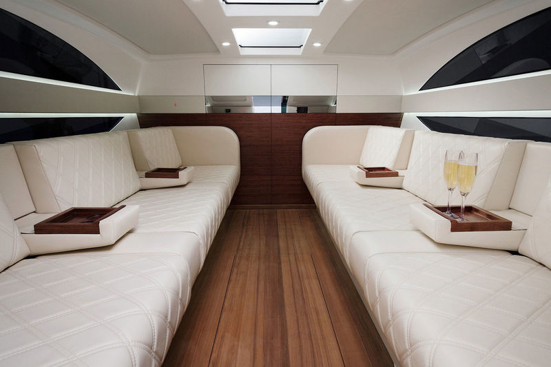 Xtender 8-metre Limousine tender