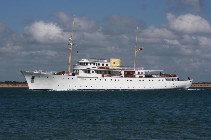 SHEMARA yacht Vosper Thornycroft