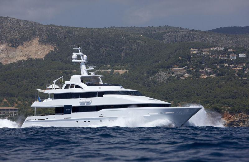 LIFE SAGA yacht Heesen