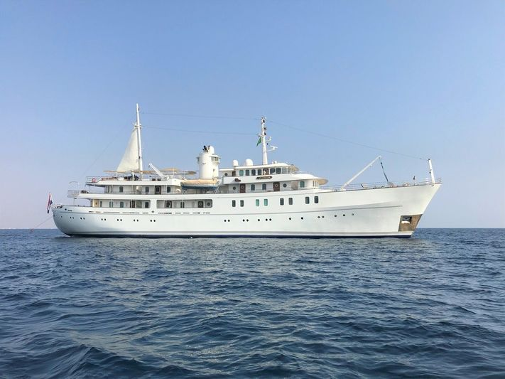 Sherakhan at anchor