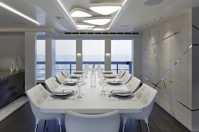 Heesen 50M Home dining room