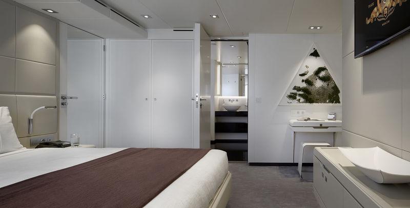 Heesen 50M Home guests's cabin