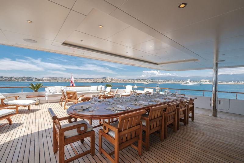 Mosaique upper deck