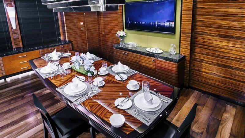 Beluga dining room