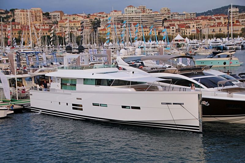 SAMISA  yacht Delta Powerboats Ltd