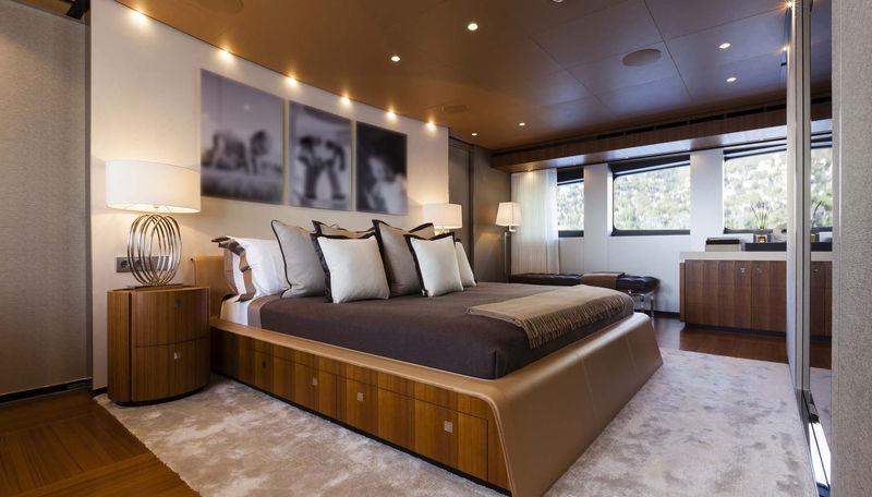 Monaco Wolf master's cabin