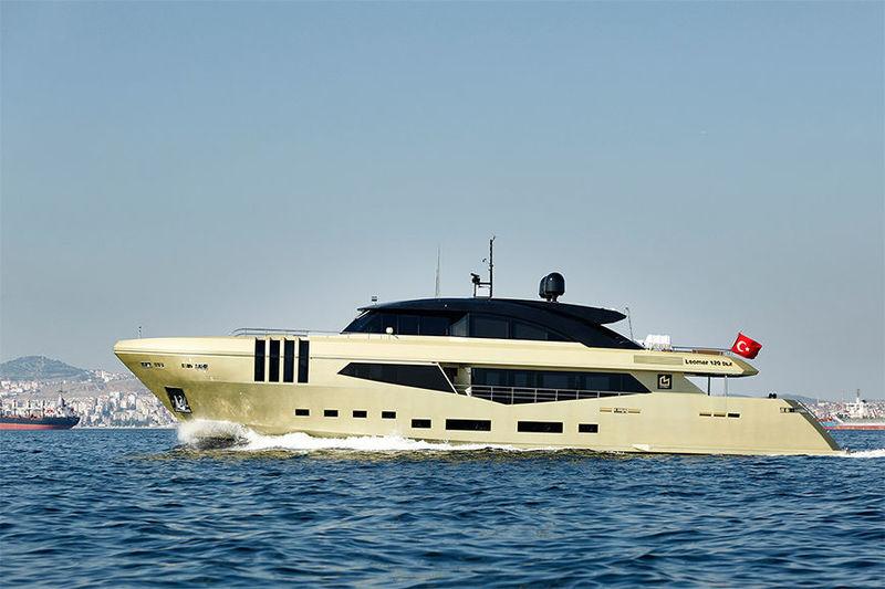 PENNON yacht Mengi-Yay