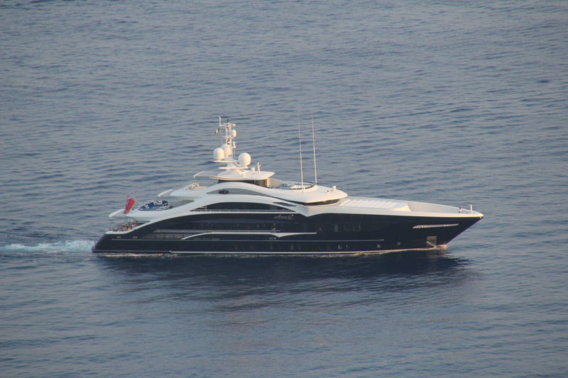 LADY LI yacht Heesen