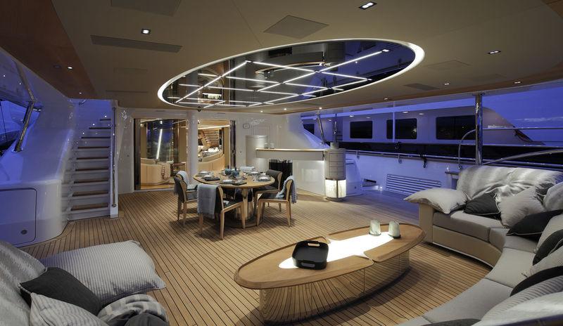 Seven main aft deck