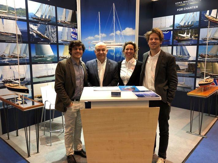 Hoek Brokerage team including Piet van der Weide