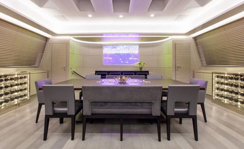Moonraker dining room