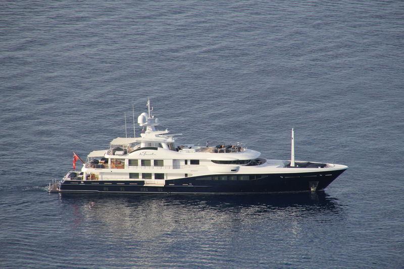 LA FAMILIA yacht Amels