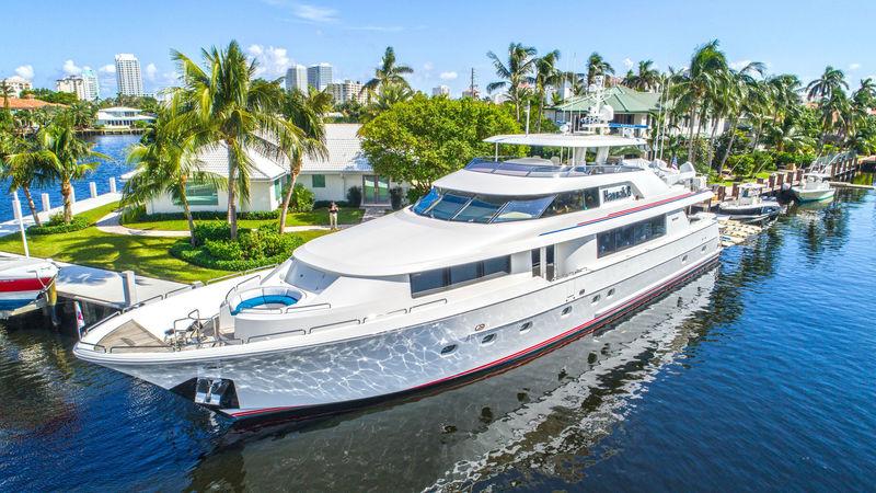 DRILLER yacht Westport