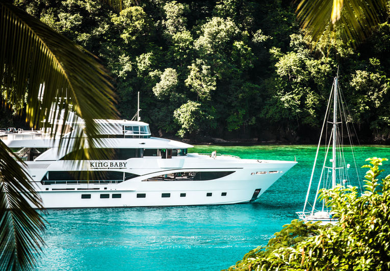 Superyacht King Baby departing St Lucia