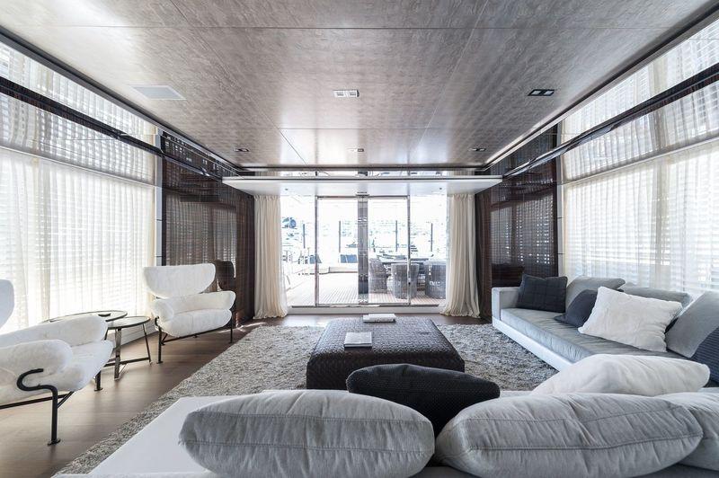 Entourage sky lounge