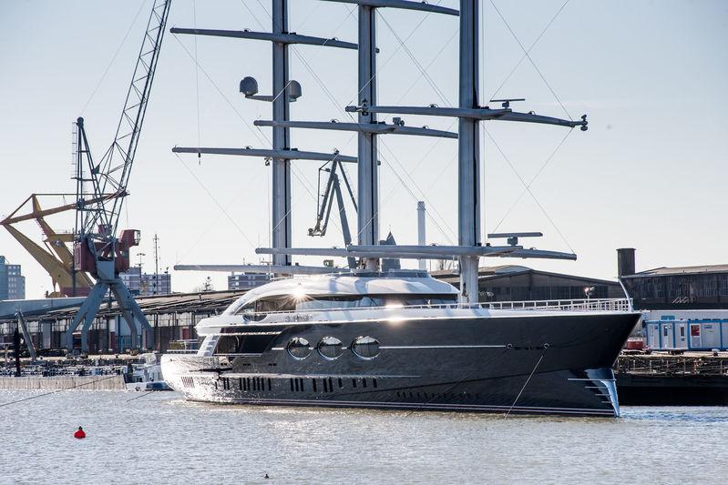 Black Pearl in Rotterdam