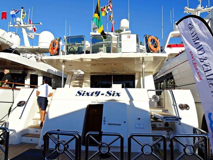 SIXTY SIX yacht Johnson