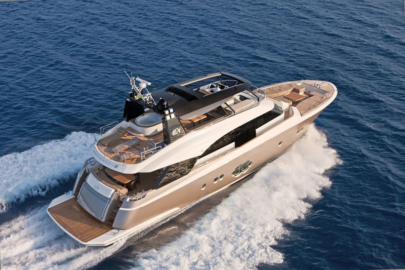 Monte Carlo 86 cruising