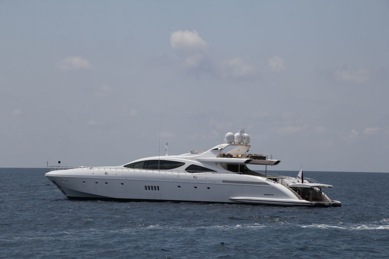 SEA PEARL yacht Overmarine