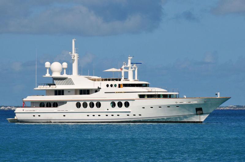 MARIDOME yacht Brooke Marine