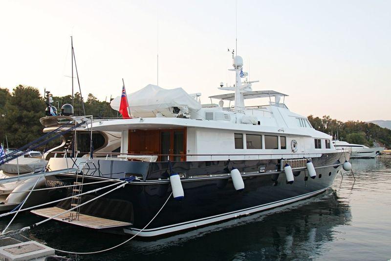 KARMA yacht Picchiotti