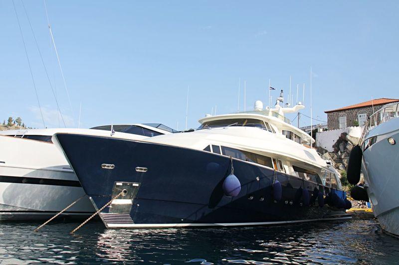 SHEARWATER yacht Custom Line