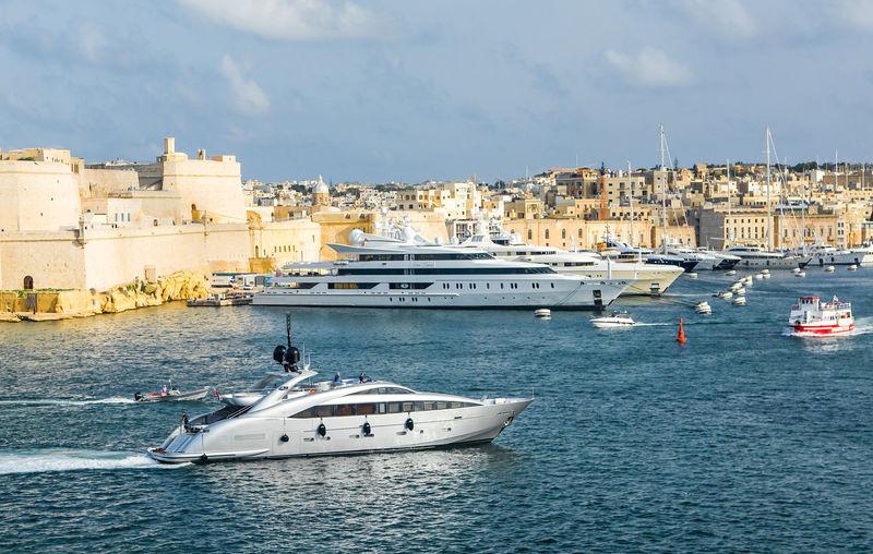 Superyacht Matsu arriving in Malta