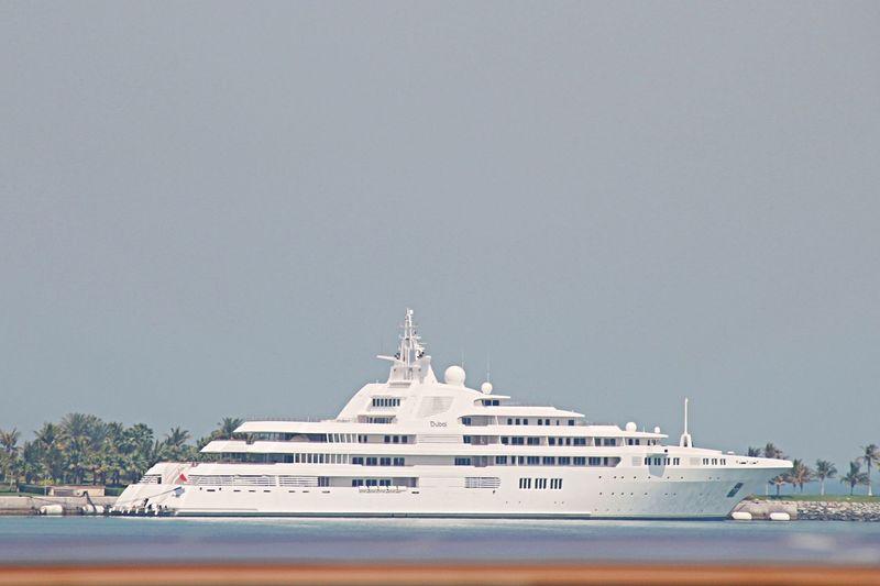 DUBAI yacht Platinum