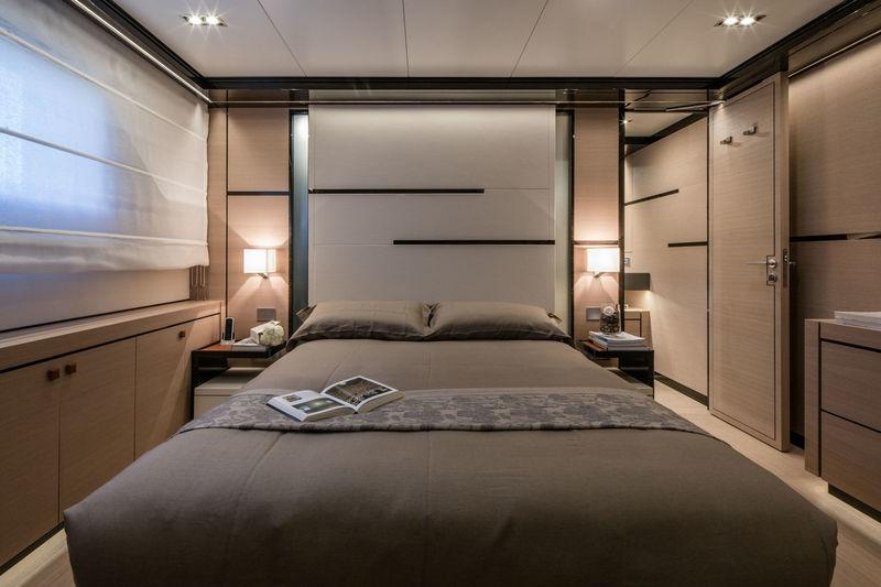 Hyhma VIP cabin