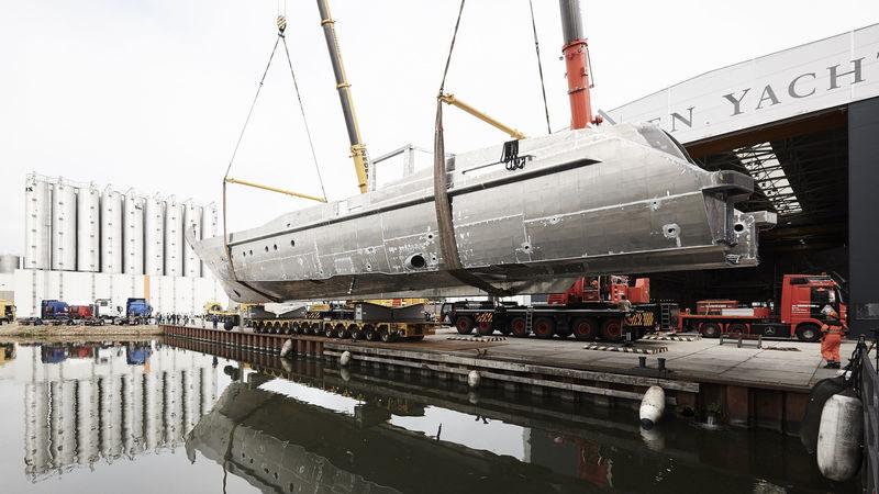 Heesen 18151 hull