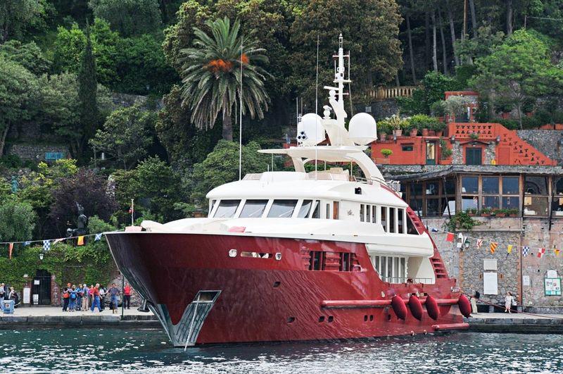 Ellix Too in Portofino