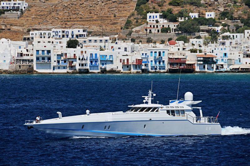 ARGO yacht Brooke Marine