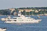 Lady Mona K off Cannes