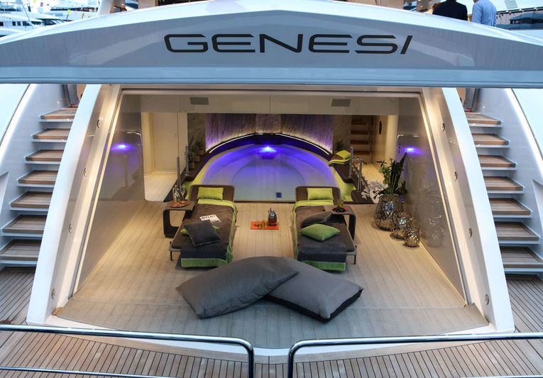 Genesi showcase
