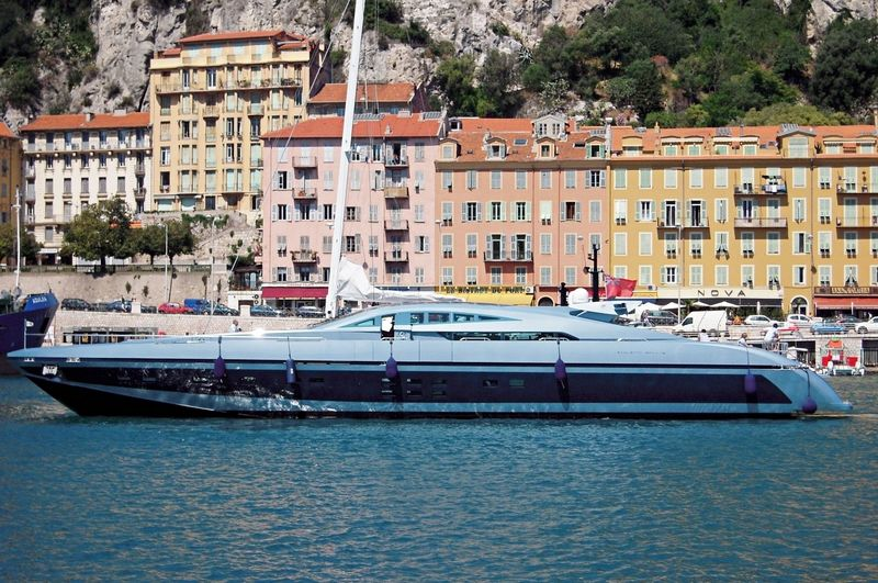 Blue Princess Star in Nice
