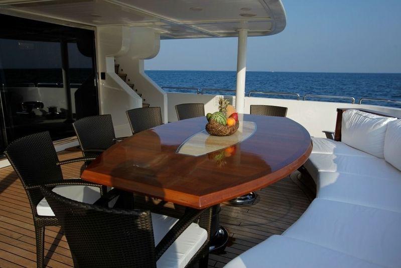 Serenity II upper deck dining area