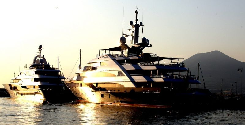 Amevi at Stabia Main port