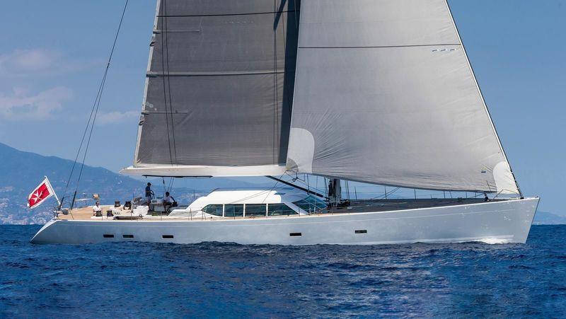 Royal Huisman sailing yacht Gliss