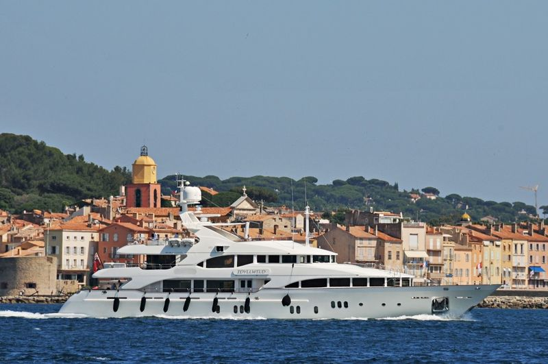 Idyllwild cruising off Saint-Tropez