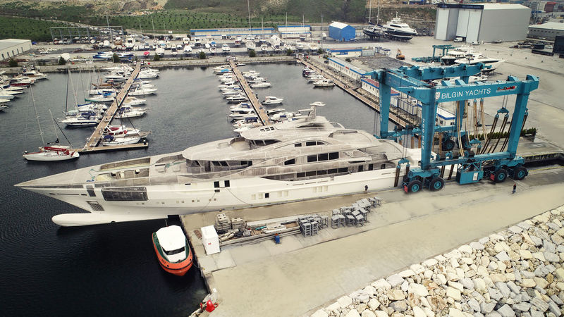 Bilgin 263/2 arriving in Bilgin Istanbul shipyard