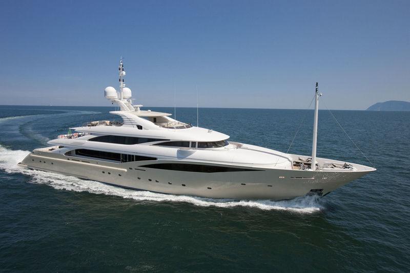 ISA 63 yacht Kolaha cruising