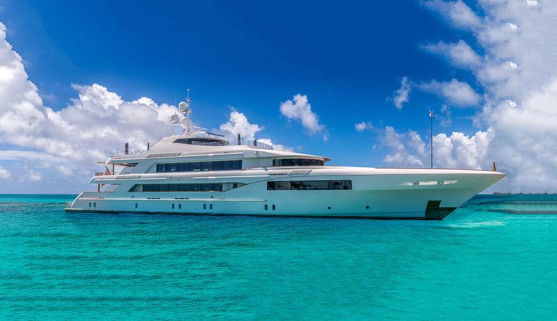 Superyacht Imagine anchored
