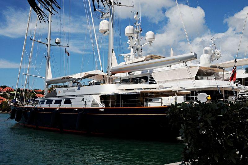 ANDROMEDA LA DEA yacht Perini Navi