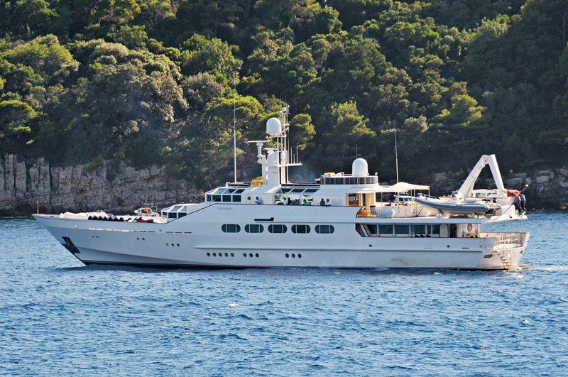 AZTECA yacht Feadship