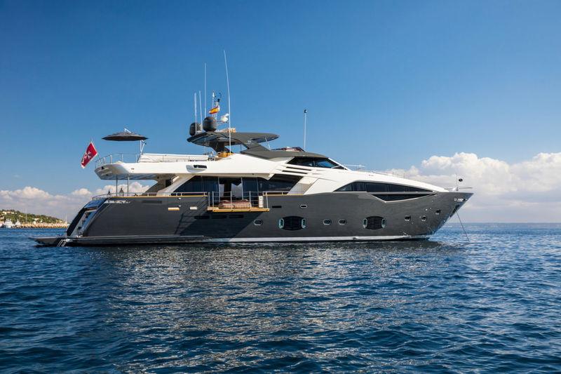 CAMPO VERDE yacht Custom Line