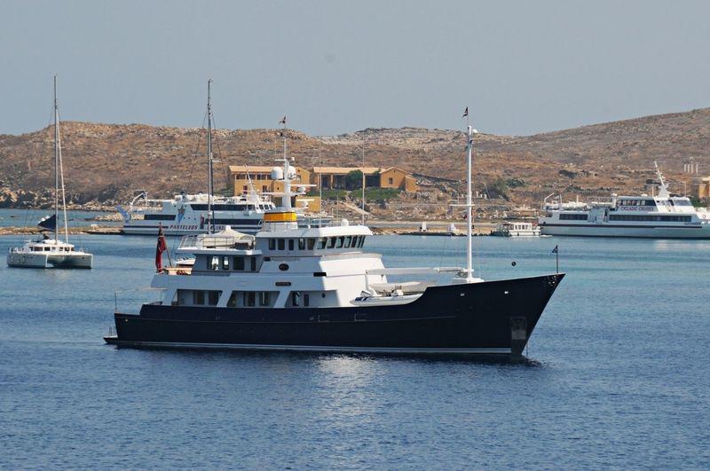 AUMICHAKIAD yacht Hakvoort