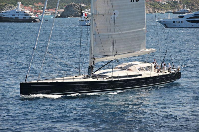 YAM 2 yacht Perini Navi